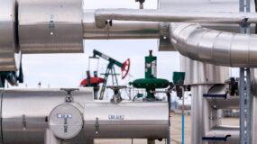 Oil sands pump facility